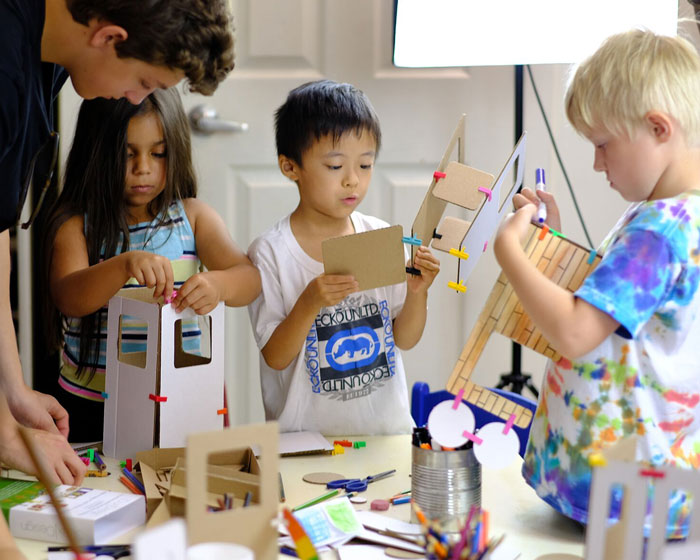 3DuxDesign STEAM activity play sets give kids the raw materials to create and build anything they can imagine!